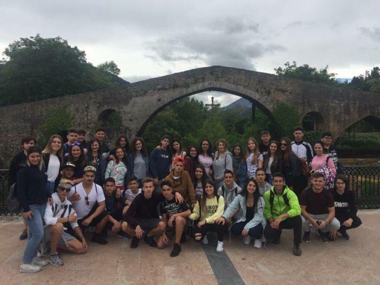 viaje fin de curso a asturiasviaje fin de curso asturias Warner