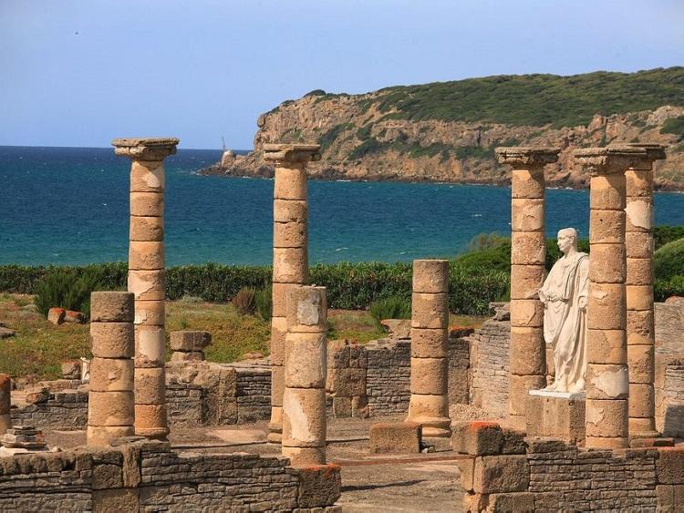 viaje fin de curso inmersión lingüística. Excursión escolar bilingüe Gibraltar. oferta viaje fin de curso a cadiz