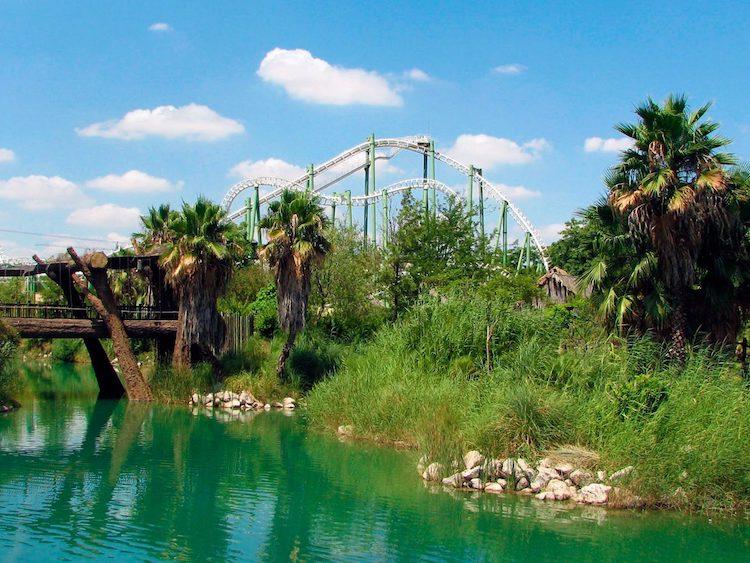 excursion escolar a Isla Magica . Viaje fin de curso a Sevilla