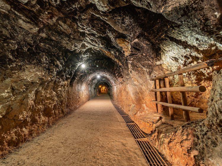 excursión escolar minas de riotinto. y y gruta de las maravillas